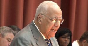 Ricardo Cabrisas, vicepresidente del Consejo de Ministros y ministro de Economía y Planificación