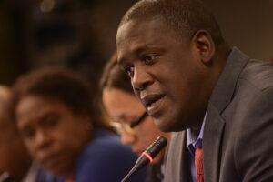 El activista cubano Juan Antonio Madrazo
